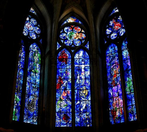 Marc Chagall. Vitrages in Notre-Dame Cathedral in Reims. 1974